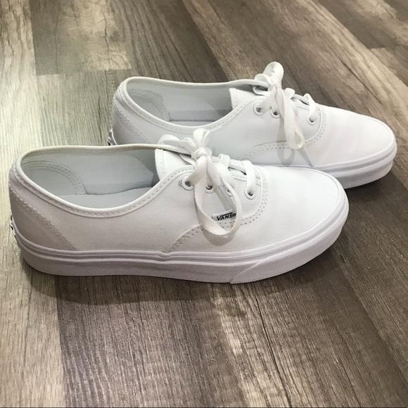 White authentic vans women's size 7
